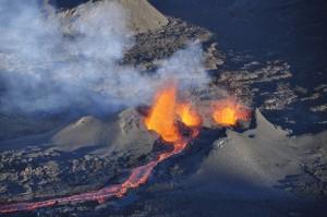 003-eruption 13 Sept 2016 (Daniel Bayle) 2